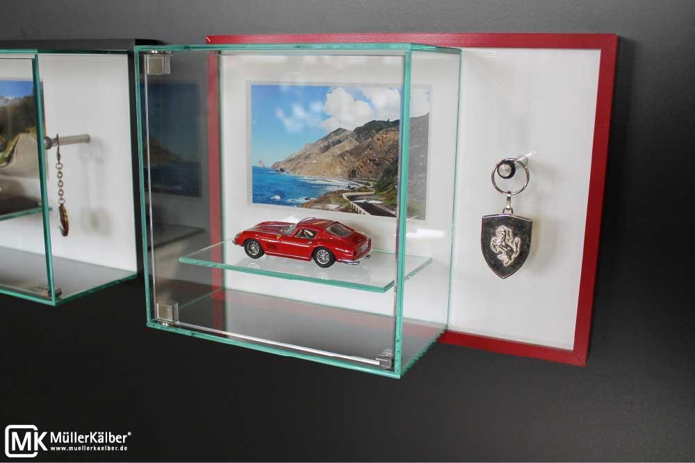 kleine wandvitrine f r modellauto und autoschl ssel m llerk lber gmbh. Black Bedroom Furniture Sets. Home Design Ideas